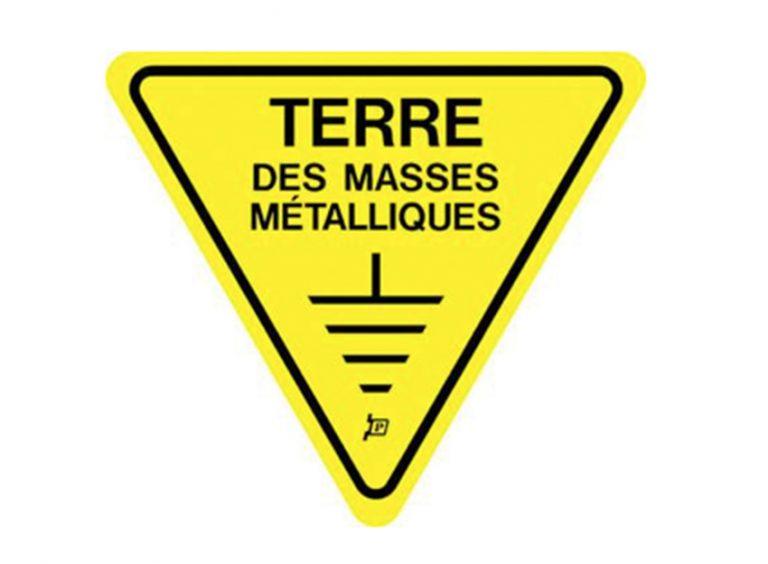 """affiche """" terre des masse métalliques """""""